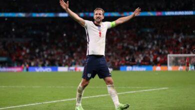 Harry Kane Tottenhamda kalıyor