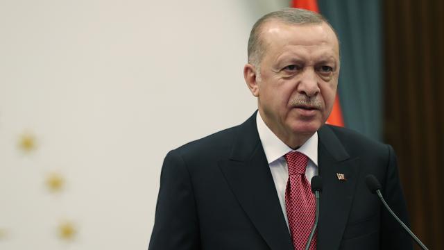 Cumhurbaşkanı Erdoğandan Volkan Bozkıra tebrik