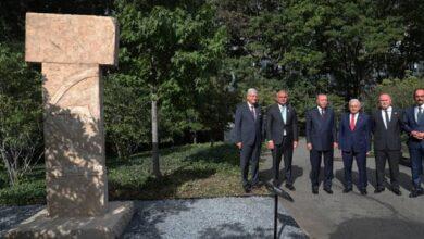 Cumhurbaşkanı Erdoğan, BMde sergilenen Göbeklitepe dikilitaş replikasını ziyaret etti