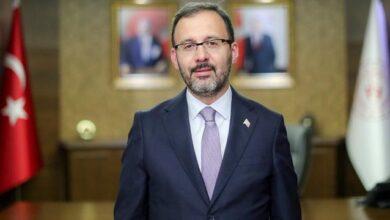 """Bakan Kasapoğlu """"Filenin Sultanları""""nı tebrik etti"""